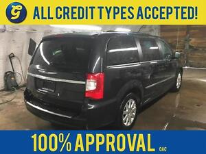 2015 Chrysler Town and Country Dual DVD/Blu-ray Entertainment*2n Kitchener / Waterloo Kitchener Area image 2