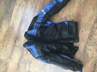 Frank Thomas Jacket and trousers £40