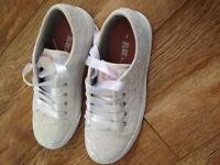 Converse style wedding shoe (4)