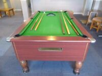 "Superleague Pool Table Used, Great Condition w/cues + balls, 86""L 50""W 34""H"