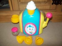 Tomy babys bath toy foam ice cream maker sucks to wall or bath great fun