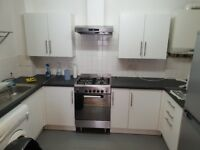 Two Bedroom Two Bathroom Flat in Dalston