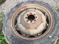Mf 65 rear wheels