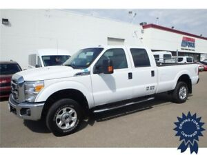 2016 Ford Super Duty F-350 SRW XLT Crew Cab 4x4 - 15,038 KMs