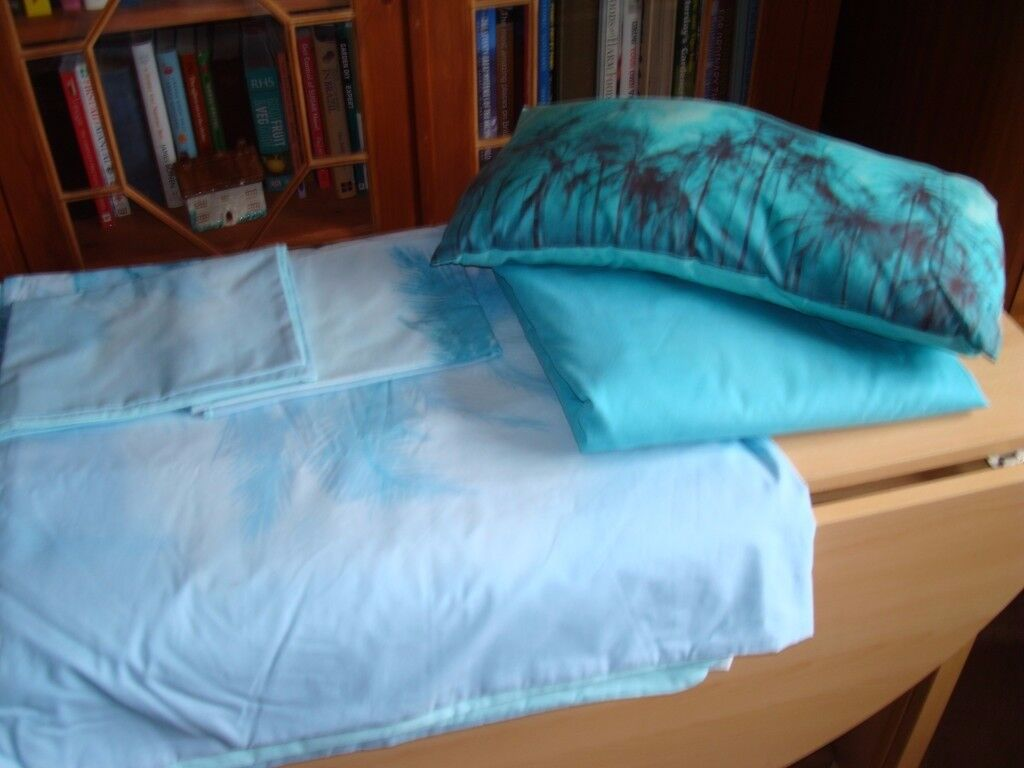 Sainsburys Blue Printed King Size Duvet Cover + 2 Pillowcases . Fitted sheet and boudoir cushion