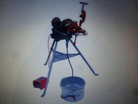 RIDGID pipe threading machine WANTED, also pipe stand, oiler bucket, die head, spare set dies,bench.