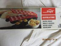 Ravioli Pasta Mould/Cutter
