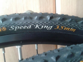 Wanted: a pair of bicycle touring / hybrid tyres 700c by 35-45 width