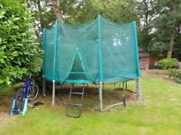 13ft Trampoline with enclosure & ladder