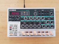 Yamaha DX200 FM Synthesizer