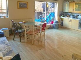 GORGEOUS 4 BED, 2 BATH WITH TERRACE ON CHANDLER ST WAPPING E1W