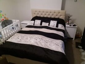 I sell a king size bed in a very good condition is very nice