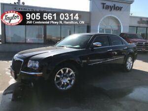 2010 Chrysler 300C V8 RWD w/Low KMS, Clean CarProof, Excellent C