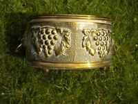 A VERY ORNATE BRASS OBLONG PLANTER LION HEAD HANDLES 8X6X4 INCHES