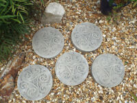 5 Celtic Swirl Design Concrete Stepping Stones – Garden Ornaments