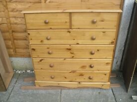 pine chest of drawers , 40 pound,ono, delivery can be aranged