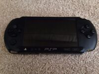 PSP Street E1004 & Bundle of Games
