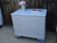 Grey shabby chic distressed chest of 3 drawers drop handles