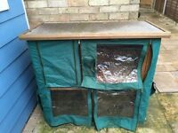 Double deck rabbit hutch
