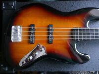 Fender Fretless Squire Jazz Bass - Three tone sunburst