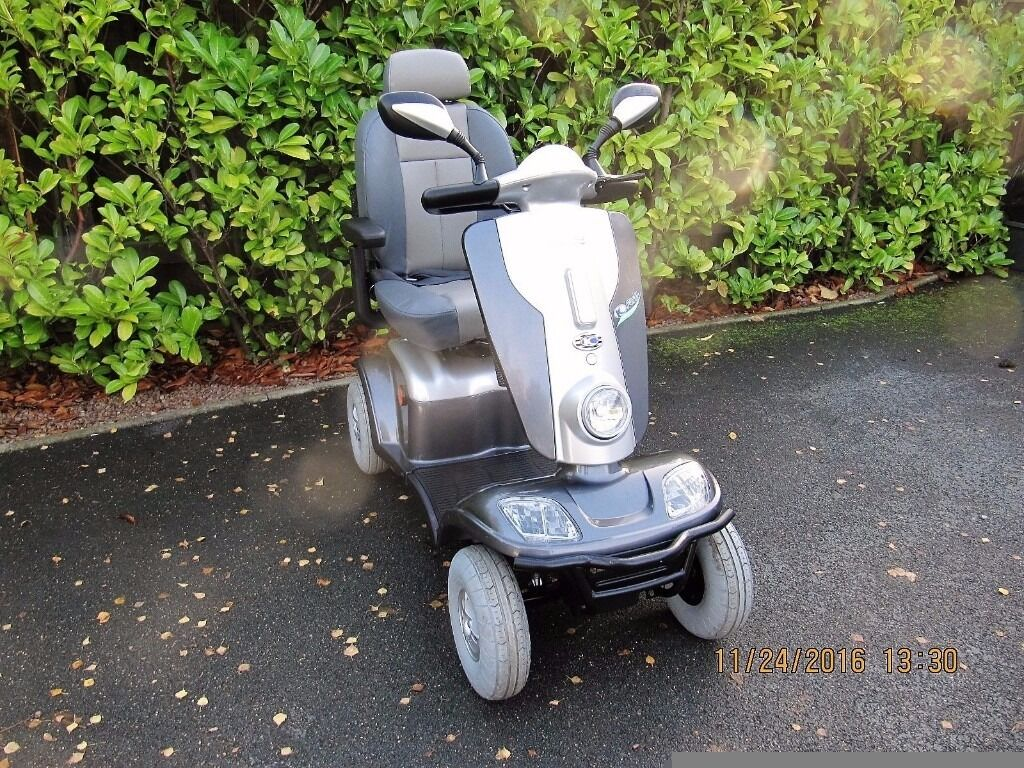 kymco maxi large 8mph mobility scooter