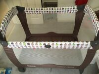 Graco baby/toddler travel cot