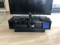Excellent Condition Piano Black Wooden TV Stand Cabinet with Storage Up to 65in