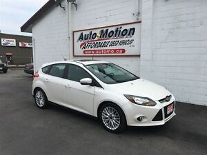2013 Ford Focus TITANIUM w/LEATHER & SUNROOF