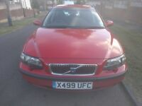 X Registration VOLVO V70 with only 93,600 miles. Third owner for last 9 years with FSH and MoT's