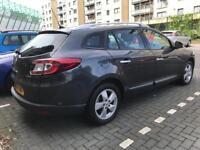 2011 Renault Megane TomTom Estate. Long Mot
