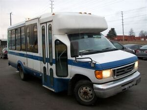 2004 Ford Transit Connect wheel chair bus