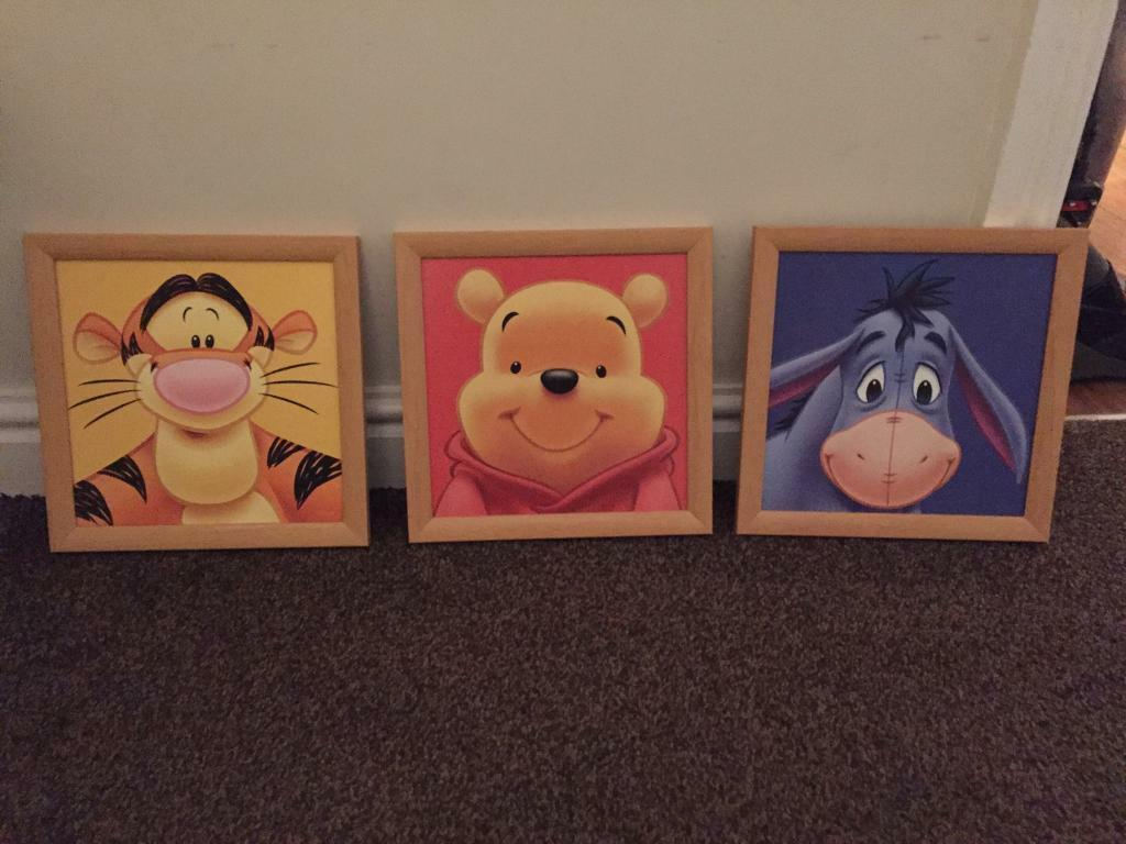 Winnie the Pooh wall pictures