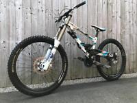 *SOLD* 2014 Lapierre DH 722 Full Suspension Downhill Bike, LIKE NEW, HIGH SPEC, FOX, 650B