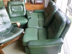 Retro (70s) 3 piece leather suite