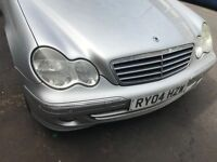 04 MERCEDES C180 MANUAL FULL CAR BREAKING FOR ANY PARTS CALL ON