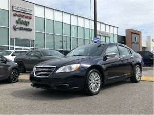 2012 Chrysler 200 Limited-LOW KM'S AND ACCIDENT FREE!!!