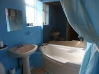2 bedroom flat to rent in Croftfoot G44