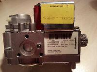 Honeywell Boiler Gas Valve VK4105G 1153 3