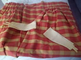 CHECKED UNLINED PLEATED CURTAINS RED/GOLD COLOUR
