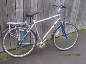 adult bike perfect commuter or tourer Quality bike cost over £300 new