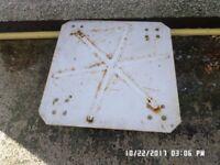 Metal plate trolley ,2 fixed wheels 2 swivel ,,plate 5mm thick ,in soun