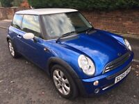 MINI 1.6 COOPER 2006 ** ONLY 30,000 MILES FROM NEW ** YEARS MOT **
