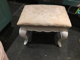Stunning stool