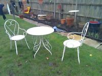 wrought iron garden table & 2 chairs white.