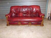 Burgundy Leather 3-2-1 Oak Frame Suite (Sofa)