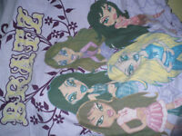 Bratz Girls Single Bed Linen (duvet and pillow covers). Very good, clean condition.