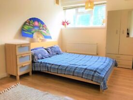 STUNNING DOUBLE ROOM 5 MINUTES WALK FROM BALCKHEATH STATION £140PW