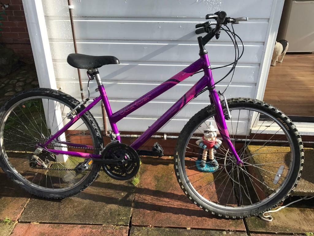 Ladies mountain bike 16 inch frame sizein Exeter, DevonGumtree - Ladies mountain bike • 26 inch wheels size •16 inch frame size •18 speed gears •v breaks• fully working order Exeter