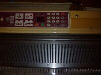 BROTHER KH950i Electronic Knitting Machine (Upgraded from a KH910)
