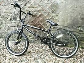 "Diamond back GRIND 20"" BMX bike 2016 Model 25/9"